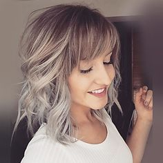 Human Hair Capless Wigs Human Hair Natural Wave Bob / Layered Haircut / With Bangs Ombre Hair / Dark Roots / Side Part Medium Length Machine Made Wig Women's Dark Ombre Hair, Ombre Blond, Ombre Hair Color, Dark Hair, Blonde Balayage, Silver Ombre, Silver Blonde, Grey Ombre, Blonde Highlights