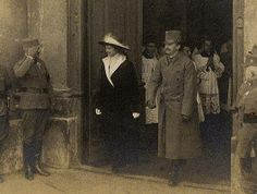 Emperor Karl of Austria & Empress Zita, their family, Part I Joan D Arc, Austrian Empire, Last Emperor, Austro Hungarian, World War One, History Photos, Kaiser, Parma, World History