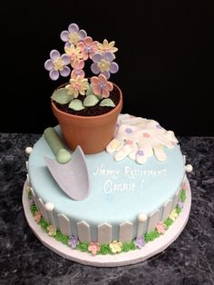 Garden cake - For all your cake decorating supplies, please visit… Mini Tortillas, Fondant Cakes, Cupcake Cakes, Garden Cakes, Garden Theme Cake, Fantasy Cake, Retirement Cakes, Adult Birthday Cakes, Cake Decorating Supplies