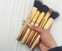 #makeupbrushes