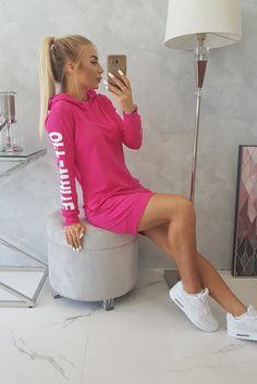 Rochii sport de toamna Smart Casual, Off White, Sport, Products, Fashion, Moda, Deporte, Fashion Styles, Sports