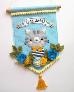 Miao 🐱 Mi è piaciuto un sacco fare questo banner!! 😍❤️ Meow 🐱 I loved making this banner so much!! 😍❤️ #feltbanner #nurserydecor #banner #cat #feltcrafter #cucitocreativo #wallhanging #hangingdecoration #internationalcatday