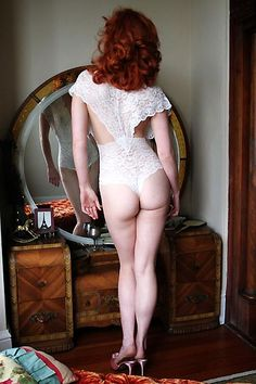 Dollhouse Bettie ~ Retro, Authentic Vintage & Pinup Lingerie ~ Dollhouse Bettie Juliet Plunging Ivory Lace Teddy