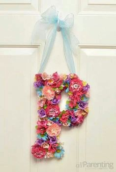 Creative DIY Colorful Door Decoration with Monogram Flower Letters, Diy Letters, Letter Crafts, Flower Crafts, Diy Flowers, Purple Flowers, Crafts For Kids, Arts And Crafts, Diy Crafts