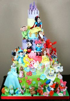 Disney birthday cake from cake boss Crazy Cakes, Fancy Cakes, Cute Cakes, Pretty Cakes, Beautiful Cakes, Amazing Cakes, Amazing Birthday Cakes, Unique Cakes, Creative Cakes