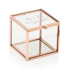 Petite boîte à alliances en verre rose et or gravée d'une guirlande