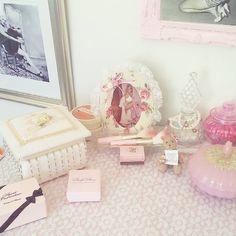 ♡ Breakfast at Shawna's ♡ Aesthetic Look, Aesthetic Vintage, Girls World, Girls Life, Vintage Princess, Princess Diana, Makeup Table Vanity, Blush Beauty, Im So Fancy