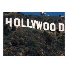 Hollywood representa las películas, música, y personas famosas en los Estados Unidos.