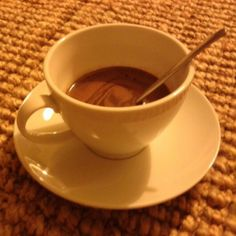 Oggi ho troppo freddo,chi vuole una bella tazza di cioccolata calda?