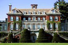 Cruel Intentions location: The 'Rosemont' estate: Old Westbury Gardens, Long Island