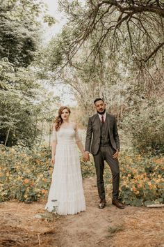 {    COPPER-INSPIRED ORANGE COUNTY WEDDING AT THE VINTAGE ROSE    }  The Couple:  Lauren and Fernando  The Wedding:  The Vintage Rose, Orange County, California