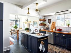 A 1924 Colonial Revival Filled With Charm and Thrift-Store Finds - The Nordroom Blue Kitchen Designs, Country Home Magazine, House And Home Magazine, Best Kitchen Cabinets, Blue Cabinets, Kitchen Countertops, Kitchen Island, Kitchen Colour Schemes, Color Schemes