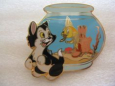 DISNEY Japan LE 100 Pin Figaro Cleo Cat Goldfish Fish Bowl Pinocchio HTF