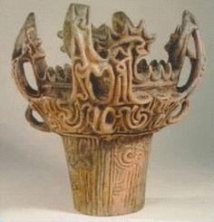 Image from http://bhoffert.faculty.noctrl.edu/TEACHING/Jomon.Pottery2.png.