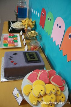 xbox birthday party Retro Video Game Birthday Party - Our Kerrazy Adventure Video Game Decor, Video Game Party, Retro Video Games, Video Games For Kids, Birthday Party Games, Birthday Party Decorations, 9th Birthday, Nintendo Party, Engagement Party Games