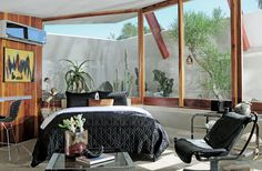 Hotel Lautner recently refurbished and open to the public in Desert Hot Springs CA, designed in 1947 by John Lautner, Fabulous