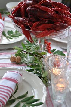 deSigne: Kräftkalas Crawfish Party, Seafood Party, Seafood Bake, Low Country Boil, Party Cakes, Party Party, Cooking, Cottages, Tablescapes