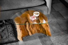 Wooden coffee table with shaped glass top, natural trunk, recovery strain, stump table, coffee table Stump Table, Tree Felling, Glass Top Coffee Table, Me Clean, Home Living Room, Great Rooms, Etsy, Shapes, Wood