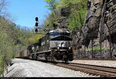 RailPictures.Net Photo: NS 7588 Norfolk Southern GE ES40DC at War Eagle, West Virginia by David Price