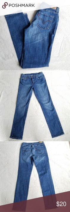"""Levi's Skinny Jeans EEUC pair of Levi's Skinny Jeans in size 10 long. 30"""" waist and 31.5"""" inseam. These jeans are basically new, the inside label has been removed, but size and measurements are located on the inner tags. Levi's Jeans Skinny"""