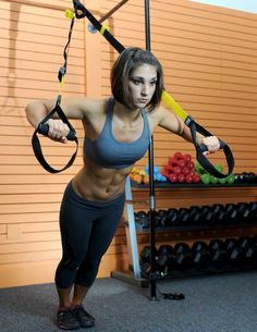 Build a shredded, flat core and strong full body muscles with these 10 TRX exercises. I want a TRX! Muscle Fitness, Fitness Goals, Fitness Tips, Fitness Motivation, Health Fitness, Trx Fitness, Health Yoga, Muscle Nutrition, Fitness Women