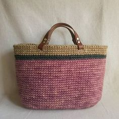 planet green 本日ブログupした麻ひもバッグ。 手染め糸と市販のカラー糸とケナフ糸で。  #crochet #crocheting #handmade #プラネットグリーン #麻ひもバッグ #編みバッグ #かき針編み #かぎ針編みバッグ #麻ひも #ジュート #ジュートバッグ #jute