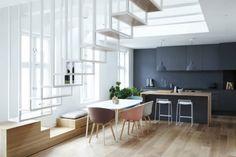 hängetreppe Treppen-weiß-lackierte Stahlkonstruktion-modern-platzsparend