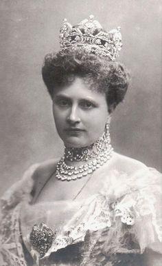 Archduchess Maria Josepha of Austria, neé Princess of Saxony, and her wonderful jewelry. 1900s.
