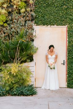 Theresa & Chris's SmogShoppe Wedding | Sweet Little Photographs