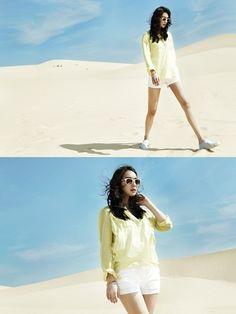 사막에서도 빛나네…신민아, 나노 각선미 눈길 ,korea,actor,causal