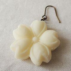 bonbon 耳に砂糖菓子ピアス(桜) - oas