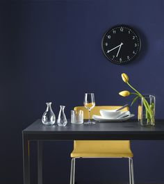 It's time to update your walls with a fun and stylish new clock. This is BONDIS.