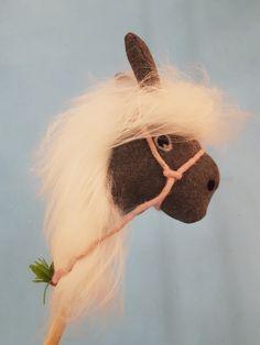 Cutest pony ever Cute Ponies, Giraffe, Pony, Animals, Pony Horse, Felt Giraffe, Animales, Animaux, Giraffes