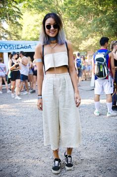 How cute is this two-piece halter top + linen culottes outfit?!