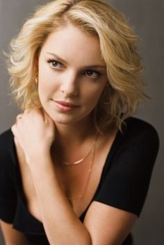 Katherine Heigl She's so pretty, but has a mouth like a drunken sailor. #vulgarisnotattractive