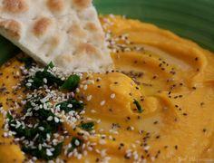 Une recette vegan  originale et délicieuse: houmous de courge Butternut! Une recette pour toute la famille, idéale pour faire manger des légumes aux enfants!
