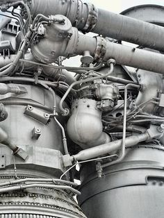 Space Shuttle Engines Up Close