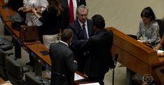 Governo e oposição intensificam a disputa por votos
