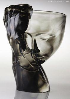 tittot glass art Oooooooh, can the hand be holding my face...?