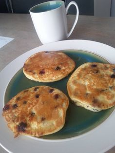 THM-S Pancakes by Sheri Wren. Mix 1/4 cup of baking blend, 1/2 tsp baking powder, 2 whole eggs, and enough almond milk or cream to make the batter pancake consistency. Add 1/4 to 1/2 cup of blueberries. I fried mine in coconut oil. Top with sugar free syrup or whipped cream or nothing! Enjoy!!