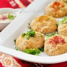 Balls of Red Lentils with Bulgur. Balls of red lentils with bulgur - delicious and filling Turkish dish. (in Bulgarian) Ramzan Recipe, Turkish Recipes, Ethnic Recipes, Vegetarian Recipes, Healthy Recipes, Delicious Recipes, Legumes Recipe, Israeli Food, Tasty