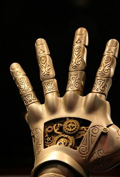 steampunk hand - that's about as beautiful steampunk as I've ever seen. I love it!