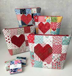 Dress Up Patchwork Taschen mit einem Herzen oder Initial – Quilting Digest Patchwork Quilting, Patchwork Bags, Quilted Bag, Quilted Gifts, Nancy Zieman, Quilting Projects, Sewing Projects, Sewing Tips, Sewing Tutorials