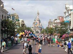 Been to Disneyland lots of times and I hope to take our babies there someday!