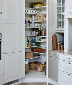 Corner Kitchen Pantry, Kitchen Pantry Design, Kitchen Redo, Kitchen Layout, Home Decor Kitchen, Interior Design Kitchen, New Kitchen, Kitchen Storage, Home Kitchens