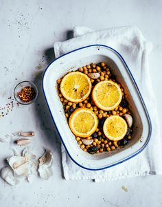 Baked chickpeas with