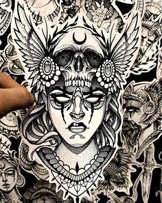 Sketch Tattoo Design, Tattoo Sketches, Tattoo Drawings, Neue Tattoos, Body Art Tattoos, Sleeve Tattoos, Tatuaje Cover Up, Valkyrie Tattoo, Mandala Thigh Tattoo