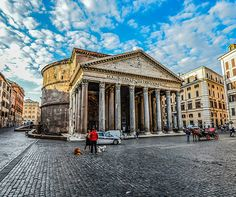 What to do in Rome in one day? I lived in Rome and fell in love with the city. This is my practical itinerary for the perfect short visit to Rome, Italy. Rome Tours, Italy Tours, Italy Trip, Chateau Saint Ange, Rome Pantheon, 2 Days In Rome, Le Vatican, Greek Island Hopping, The Journey