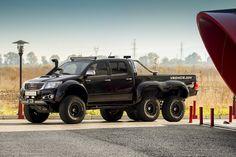 Toyota Hilux 6x6