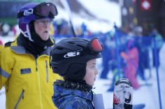 Ski and Snowboard Gear for outfitting your children. What parents should know. / outdoor families magazine